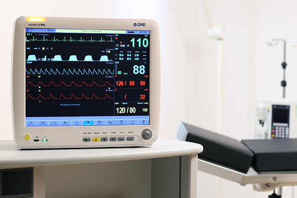 The DRE Waveline Pro is a complete, advanced O.R. monitor with superior performance.
